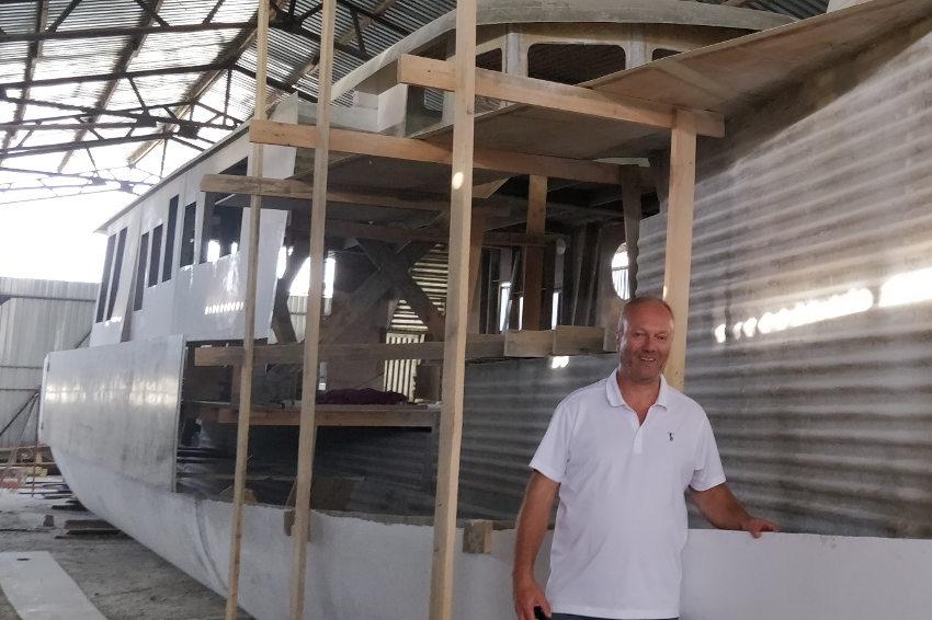 Il construit un bateau et veut développer de la maintenance : Auxerre, port d'attache de Laurent BOUQUET DES CHAUX