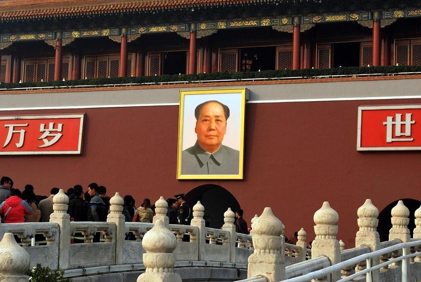 Pas de chinoiseries avec Pékin : la dépendance industrielle et financière de la France va perdurer encore longtemps !