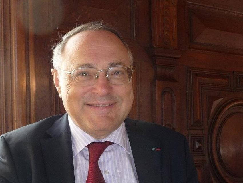 Plongée dans l'histoire de France avec Jean-Christian PETITFILS, invité du Club des écrivains de Bourgogne…