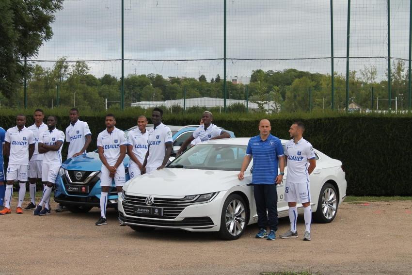 Les footballeurs de l'AJ Auxerre apprécient la nouvelle Volkswagen Arteon !
