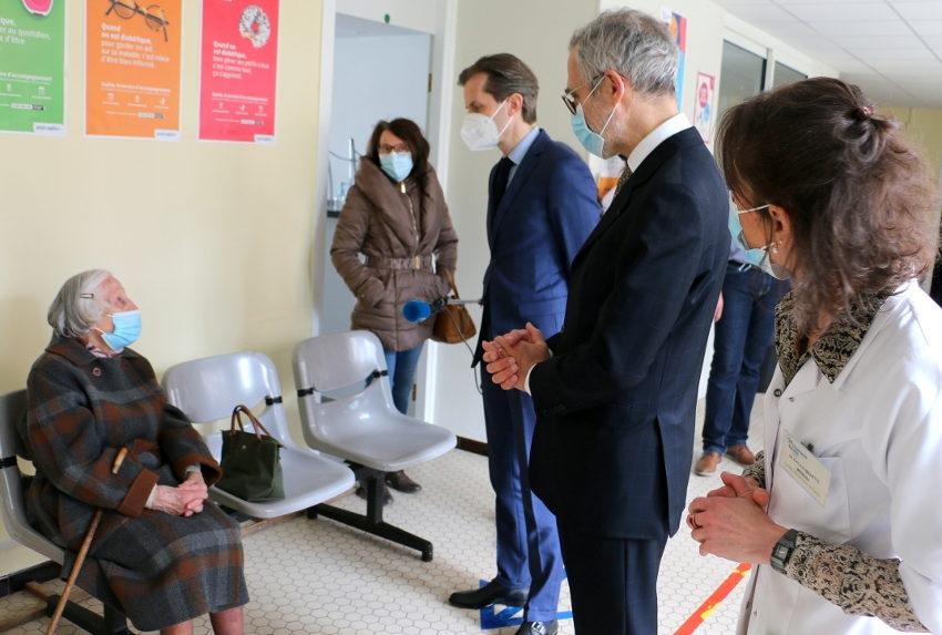 La vaccination progresse dans l'Yonne : les piqûres ont la cote au Centre d'Examens de Santé de la CPAM !