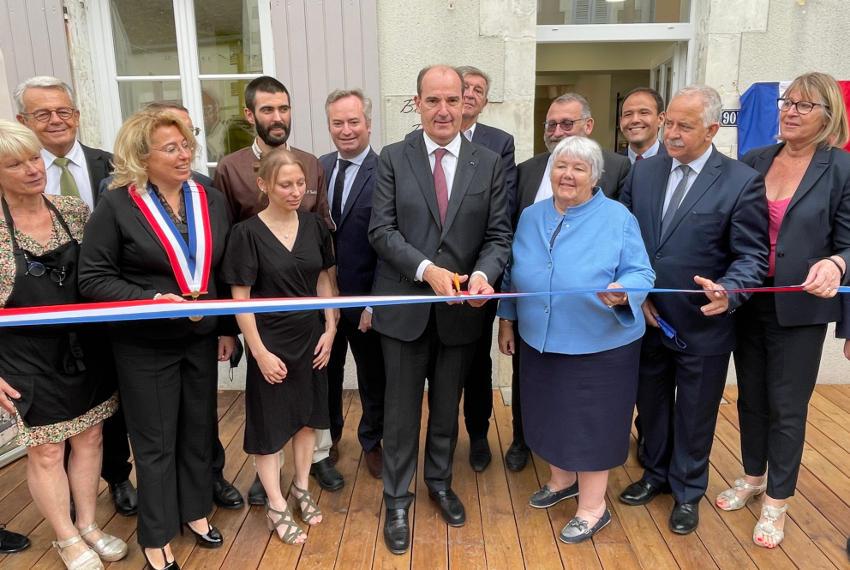 « O Délices de Bassou » accueille ses premiers clients : le Premier ministre et des membres du gouvernement !