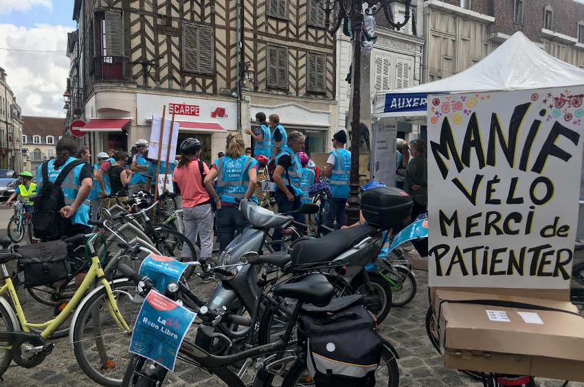 Une consultation numérique accessible à tous : Auxerre est-elle en « roue libre » pour ses pistes cyclables ?