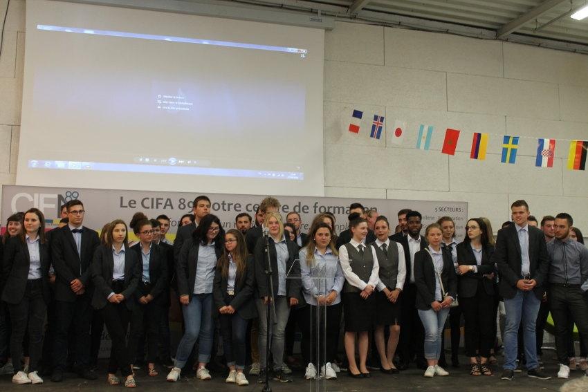 L'excellence citoyenne des apprentis du CIFA de l'Yonne s'inculque avec le port de l'uniforme…
