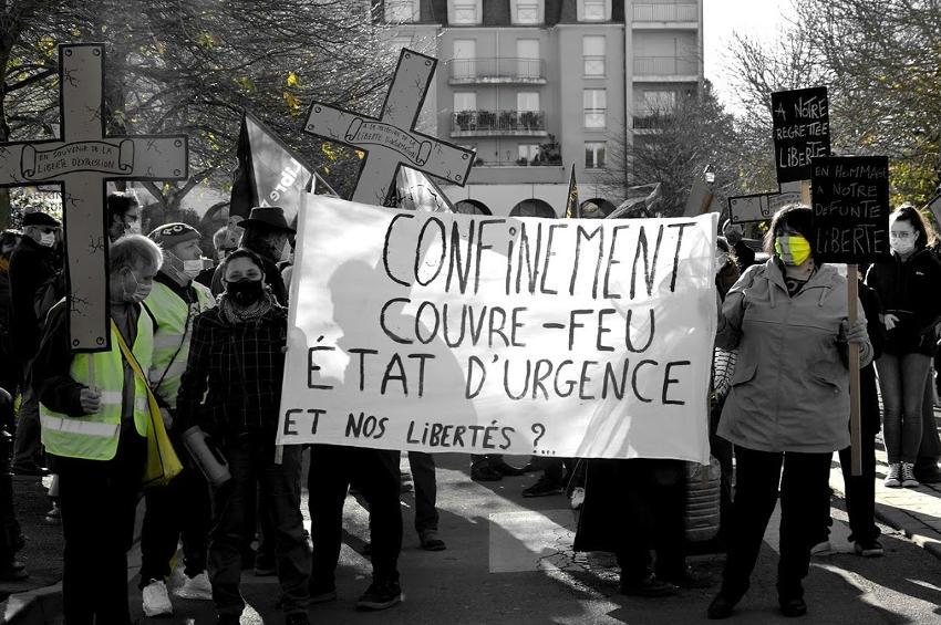 Le droit aux libertés trouve toujours ses ardents défenseurs : l'Assemblée Populaire d'Auxerre ne faillit pas