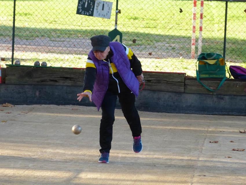 450 concurrents et 1 000 accompagnateurs aux championnats de France de boules lyonnaises organisés dans l'Yonne…