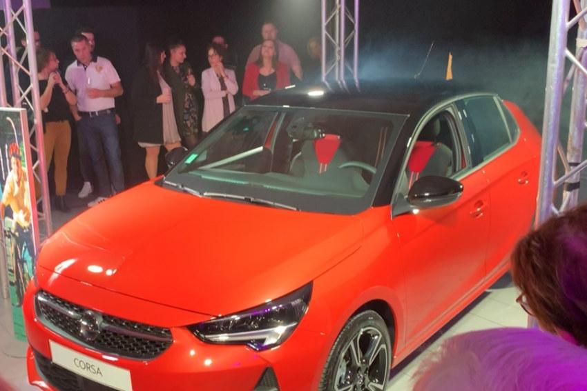 « La Corsa, c'est tout moi » : OPEL dote sa nouvelle variante 2020 d'un moteur électrique…