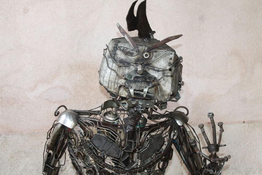 L'univers de Jean-François BROSSIER s'expose : ses œuvres métalliques prennent goût à la vie…