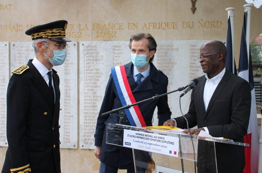 Souleymane KONE en maître de cérémonie pour l'hommage aux harkis : un devoir de mémoire respectueux