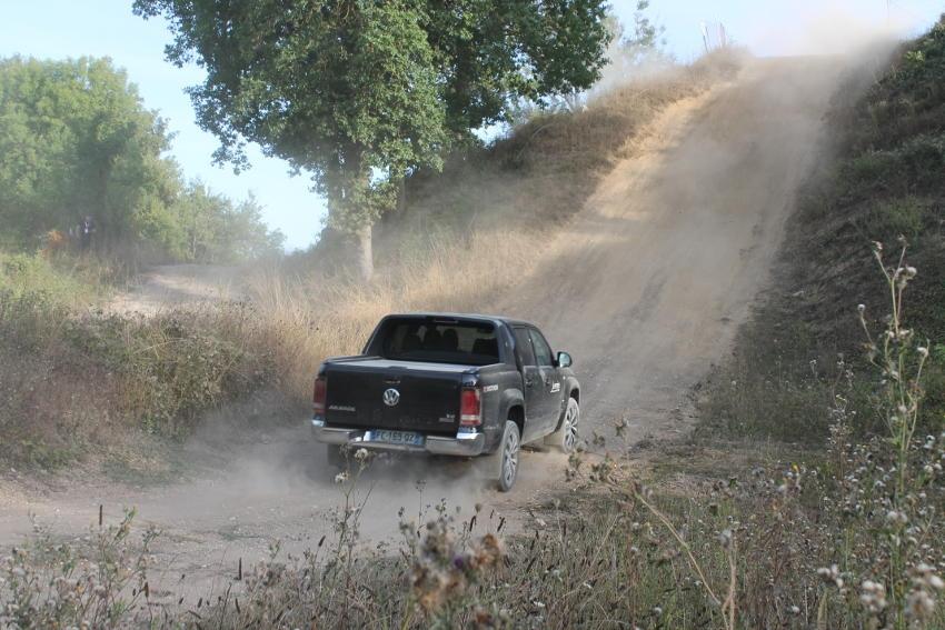 Les essais JEANNIN Automobiles rencontrent le succès : le plaisir de piloter à l'état pur sans mordre la poussière !