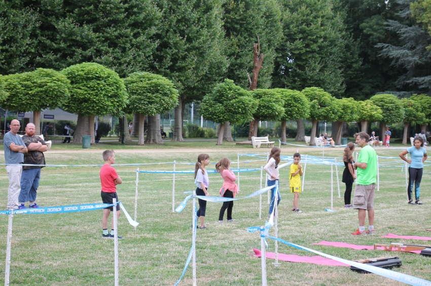 L'heure de la récréation sportive a sonné : les amateurs d'activités physiques se retrouvent à l'Arbre-Sec