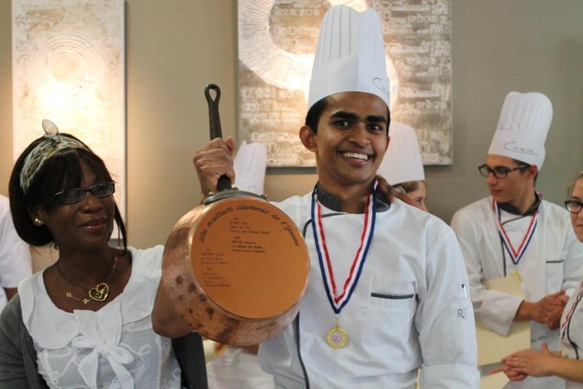 Le talent culinaire de Mohammad ZIARUL enchante le jury du concours des Meilleurs Apprentis de France