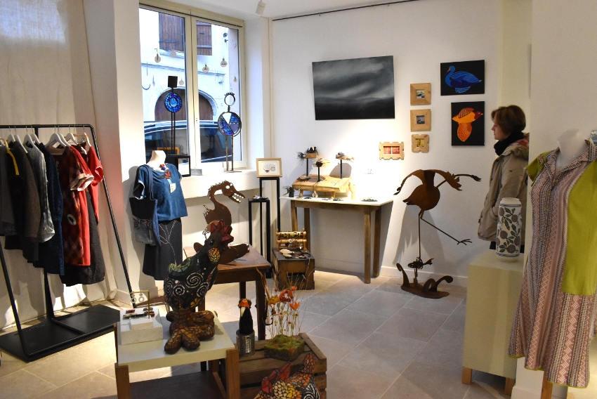 La galerie d'art de Saint-Sauveur-en-Puisaye reprend du service avec l'exposition des CREACTEURS…