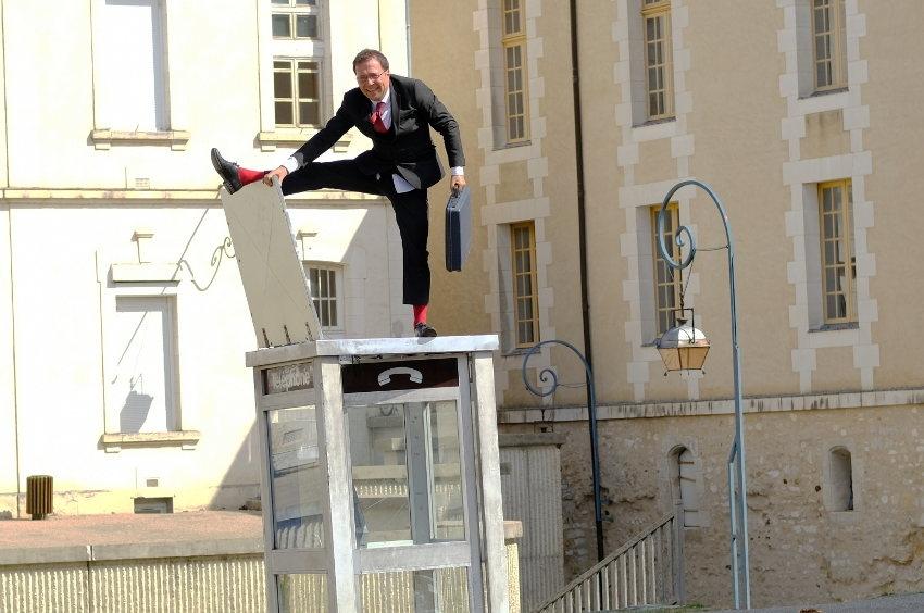 La culture reprend ses droits au cœur d'Auxerre : le festival des Rues Barrées envoie ses bonnes vibrations