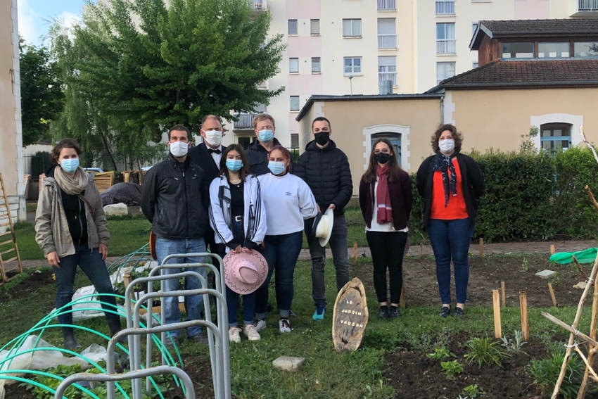 Les principes du développement durable s'initient au lycée Vauban : vive la pratique de la permaculture !