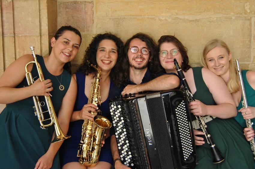 La musique reprend ses droits au collège Denfert-Rochereau : vent de fraîcheur garanti avec le théâtre d'Auxerre !