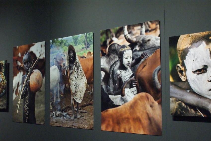 """"""" Chroniques nomades """" : invitation à la rêverie et au voyage avec le travail de huit photographes…"""