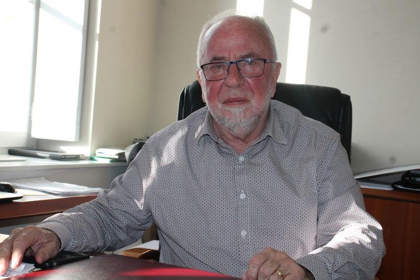 Municipales : Robert BIDEAU adoube le candidat qui incarne le meilleur profil de gestionnaire…