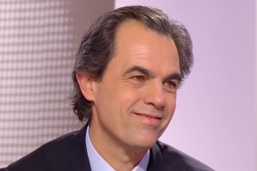 Il va régaler les entrepreneurs de ses analyses : Philippe DESSERTINE orateur de poids aux vœux du MEDEF/UIMM