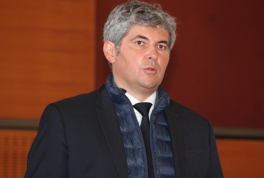 Régionales : le Républicain Gilles PLATRET reçoit le soutien de la jeunesse bourguignonne et franc-comtoise dans une tribune
