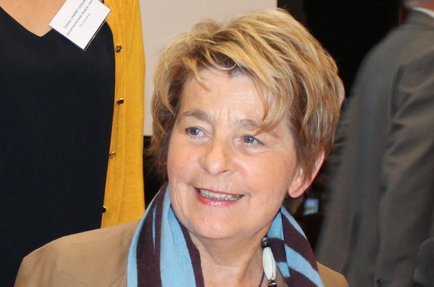 Paris/Lausanne : Marie-Guite DUFAY s'oppose à une décision unilatérale prise par la filiale ferroviaire LYRIA