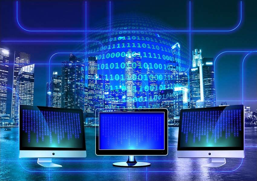 La Région explique les enjeux du déploiement de la technologie R Cube en Puisaye-Forterre…