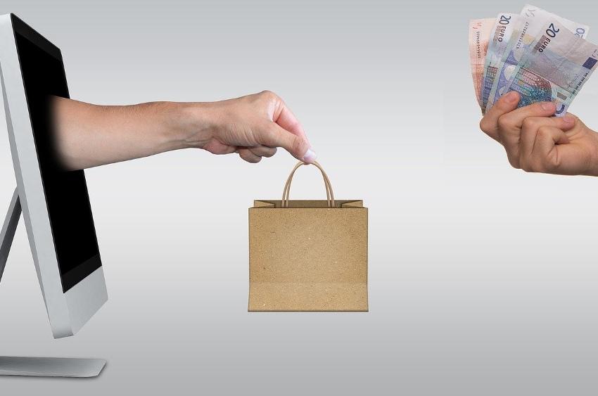 Services de l'Etat et consulaires sont d'accord : le « Click & Collect » solution idoine à privilégier…