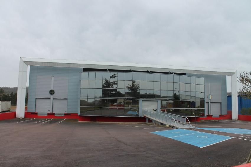 L'ancien site de GEC DIFFUSION attend son nouvel acquéreur à Saint-Julien du Sault…