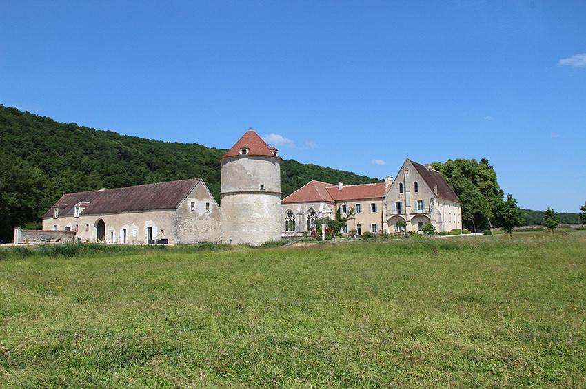 FERRERO envoie ses cadres en séminaire à l'Abbaye de REIGNY