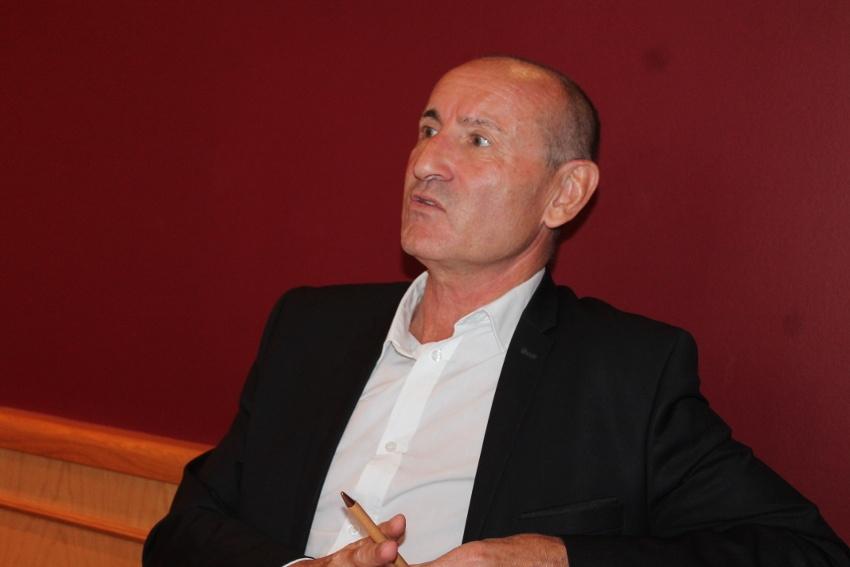 L'élu d'Auxerre Pascal HENRIAT plaide pour la réouverture du marché de l'Arquebuse…