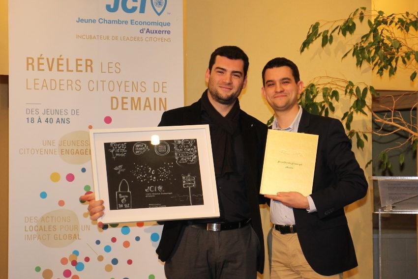 Passation de pouvoirs insolite à la JCE Auxerre : un « BAILLY » peut toujours en cacher un autre !