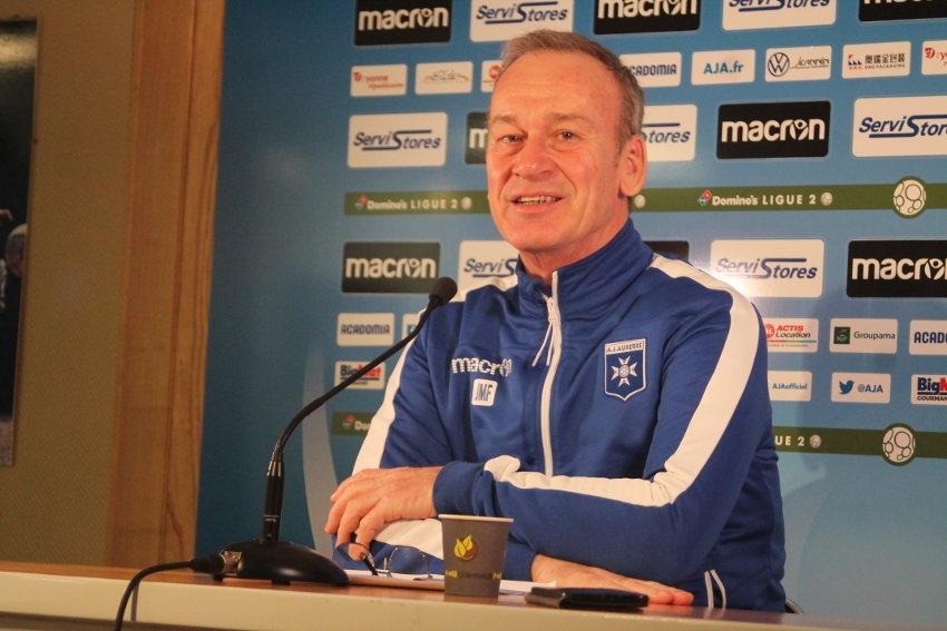 La botte secrète de Jean-Marc FURLAN pour dynamiser l'équipe de l'AJ Auxerre : son positivisme !