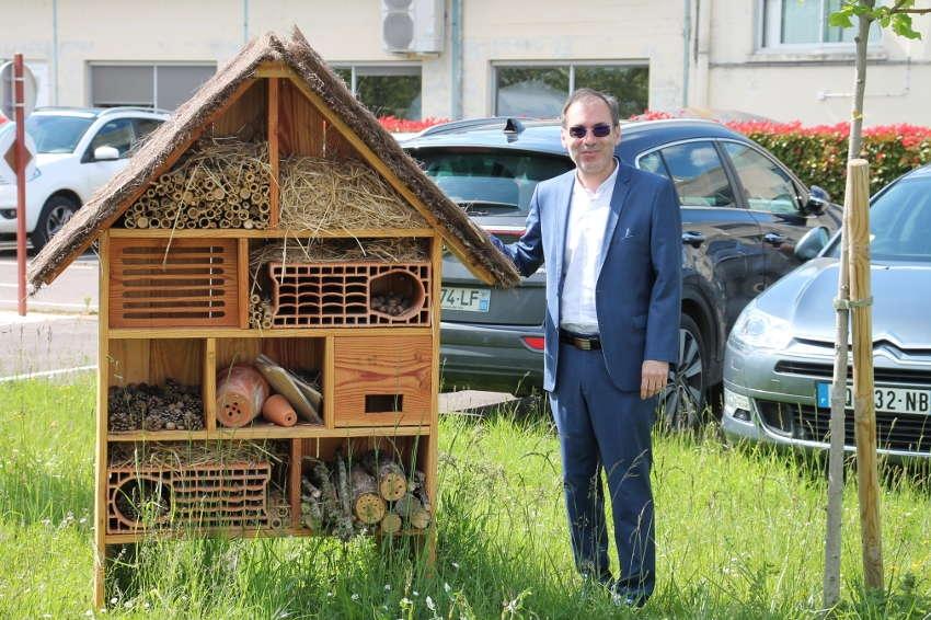 La PME se met au vert avec la LPO : CHAROT favorise l'accueil des oiseaux et des insectes sur ses plantations