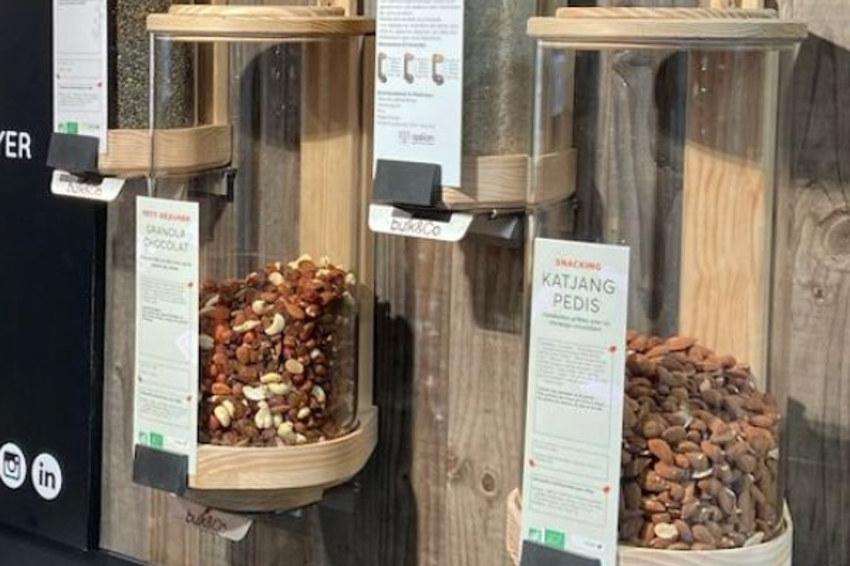 Le vrac alimentaire stocké dans des contenants sans plastique : BULK & CO imagine le silo zéro déchet