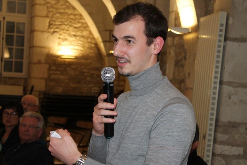 Un jeune homme de 23 ans analyse le Grand Débat : « J'attends que ces consultations apaisent les esprits… »