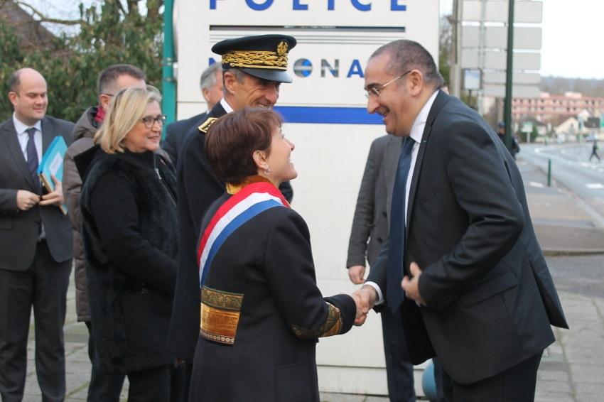 Michèle CROUZET reçue au ministère de l'Intérieur : faire la police pour que soit préservé le service public ?
