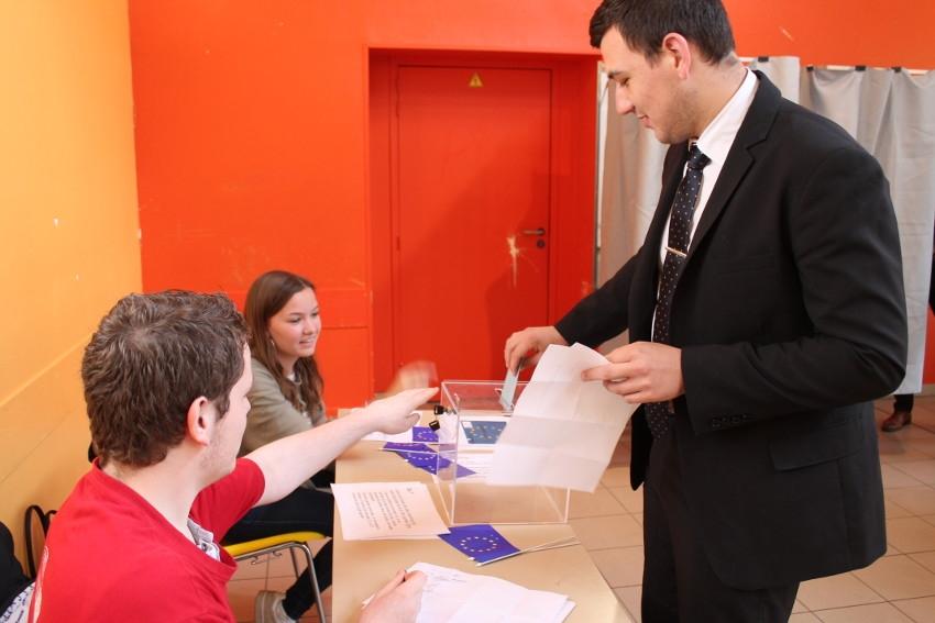 Européennes : ultimes répétitions avant le scrutin dominical pour les élèves du lycée VAUBAN…