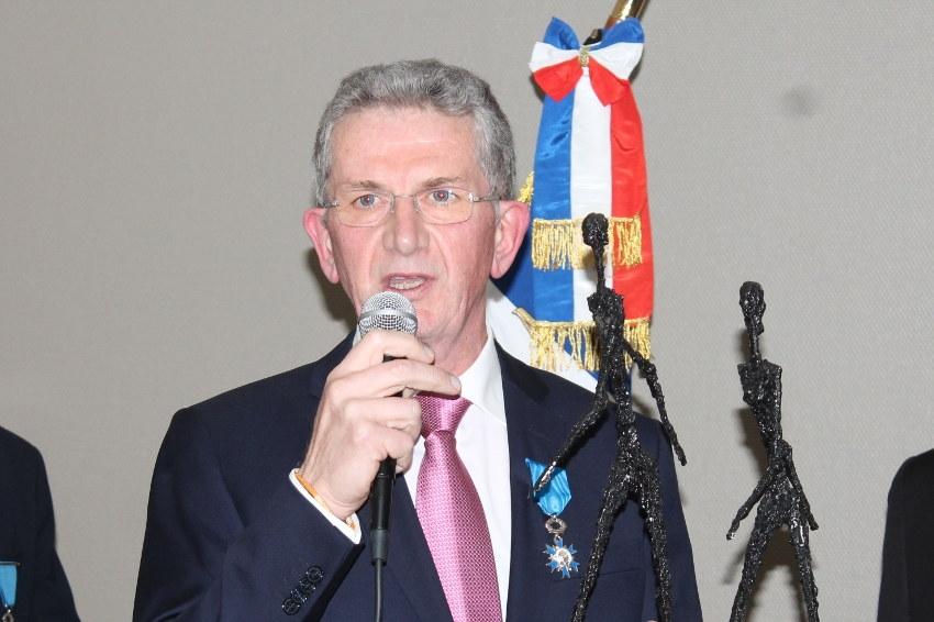Marcel FONTBONNE promu chevalier dans l'Ordre national du mérite : itinéraire d'excellence d'un enfant pugnace…