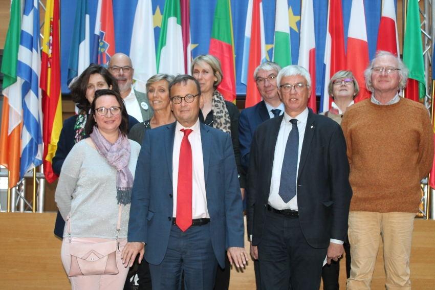 L'hémicycle européen n'a plus de secrets pour les représentants d'AGIR 89 en visite au Parlement…
