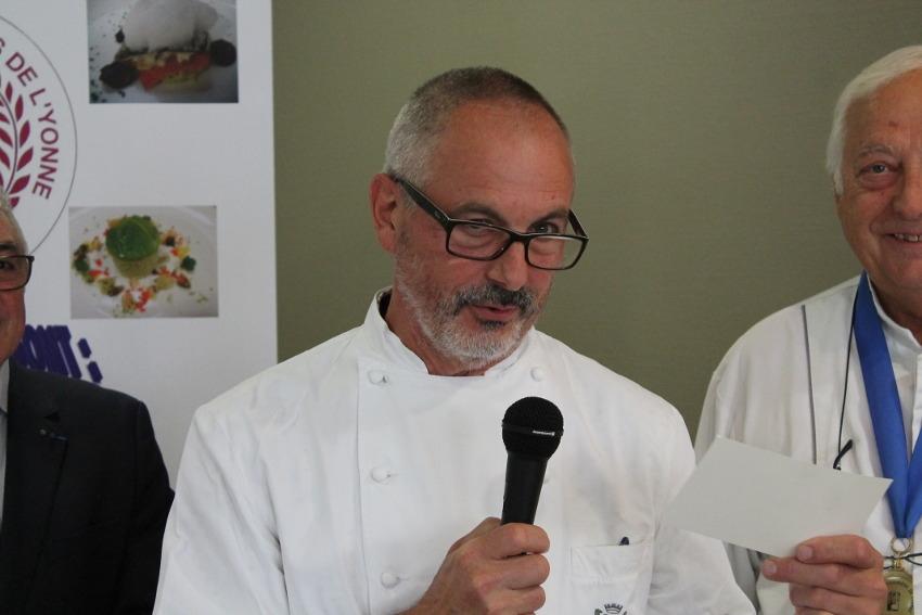 L'ancienne toque étoilée du « MEURICE », Marc MARCHAND, préside un jury au CIFA de l'Yonne