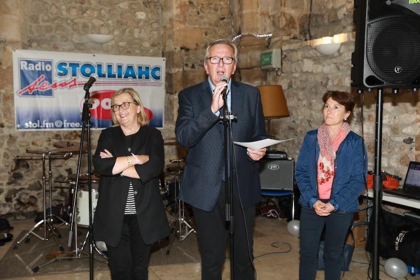 Radio STOLLIAHC : trente-cinq années d'omniprésence médiatique sur le Sénonais...