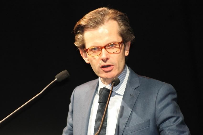Guillaume LARRIVE invite la ministre de la Santé à expliquer sa vision d'avenir de l'hôpital à Auxerre…