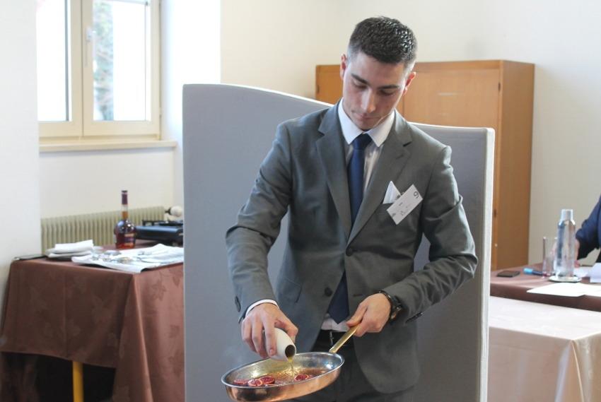 Mondial des Maîtres d'hôtel : le Bourguignon Valentin MEROT en lice pour décrocher la lune…