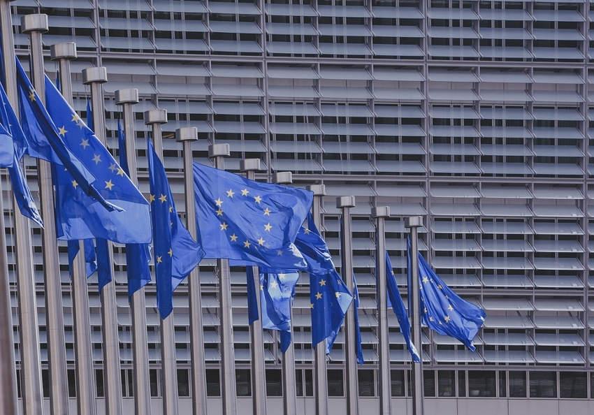 Des élections européennes synonymes de poudre aux yeux pour les contribuables que nous sommes…