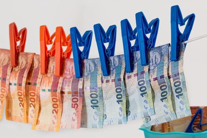 Fraude fiscale : du grain à moudre pour l'administration française, mais à quel rythme ?