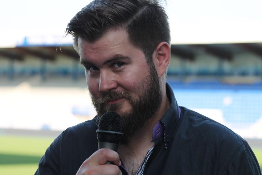 Nouveau speaker de l'AJA, l'animateur Mathieu MONTELS (France Bleu Auxerre) fait déjà entendre sa voix…