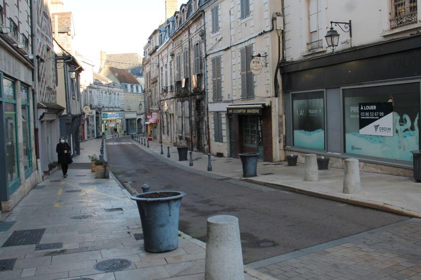 La Région vote un abondement de 5,6 millions d'euros en faveur des petits commerçants