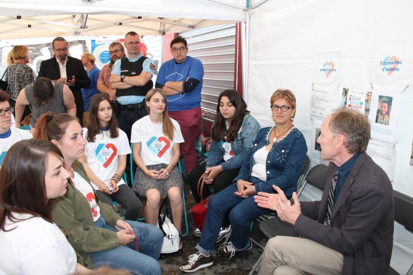 Service civique : des jeunes gens très enthousiastes ont témoigné à Auxerre…