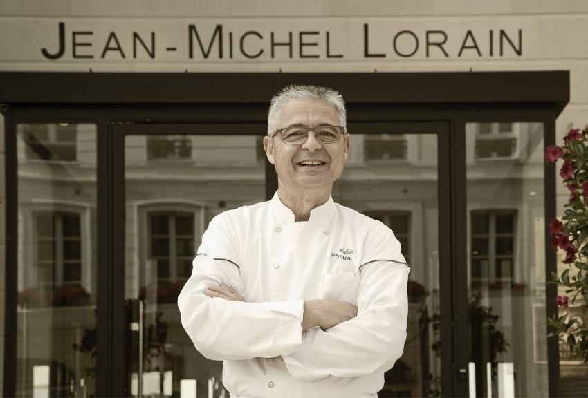 La COTE SAINT-JACQUES obtient le « Graal » pour son hôtel : la cinquième étoile de Karine et Jean-Michel LORAIN !