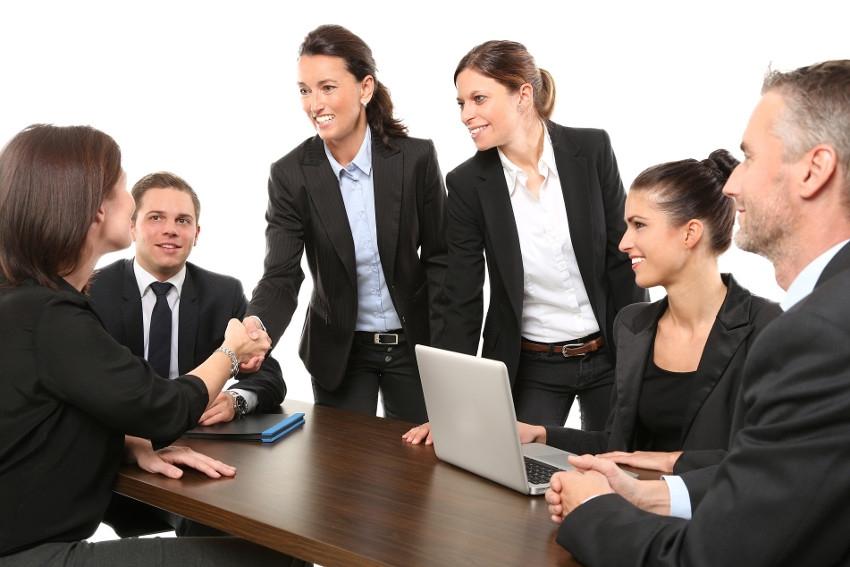S'adapter, agir et rebondir : les entreprises doivent se remettre en ordre de marche avec la confiance…